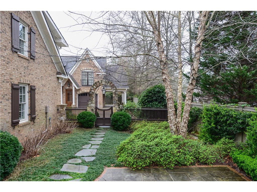Additional photo for property listing at 4168 Wieuca Road Ne 4168 Wieuca Road Ne Atlanta, 조지아,30342 미국