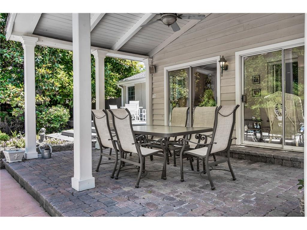 Windsor Trail Roswell GA Harry Norman REALTORS - Patio furniture roswell ga