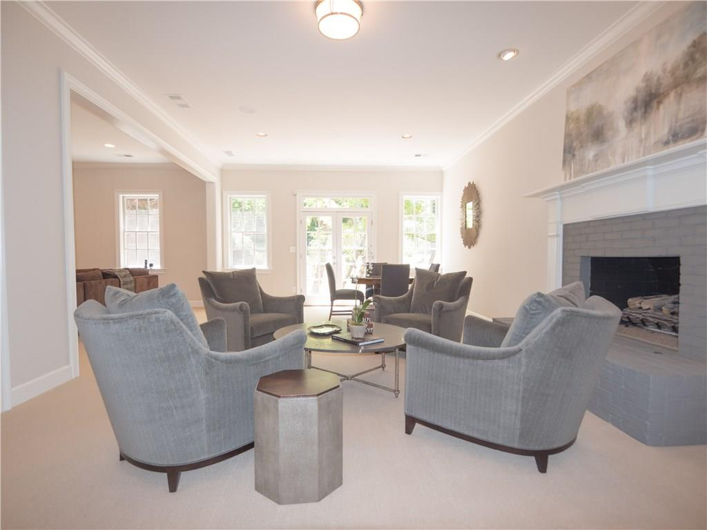 Additional photo for property listing at 75 Abington Court Nw 75 Abington Court Nw Atlanta, ジョージア,30327 アメリカ合衆国