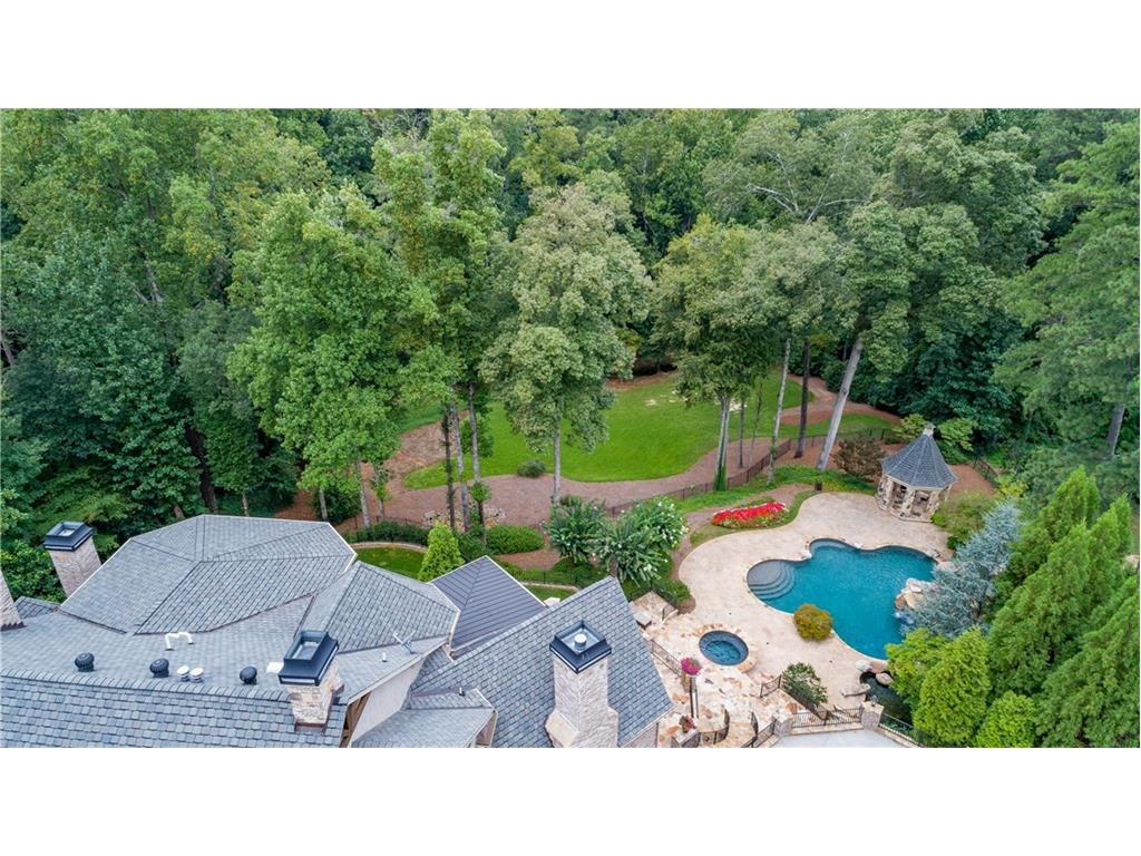 Additional photo for property listing at 5620 Long Island Drive 5620 Long Island Drive Sandy Springs, ジョージア,30327 アメリカ合衆国