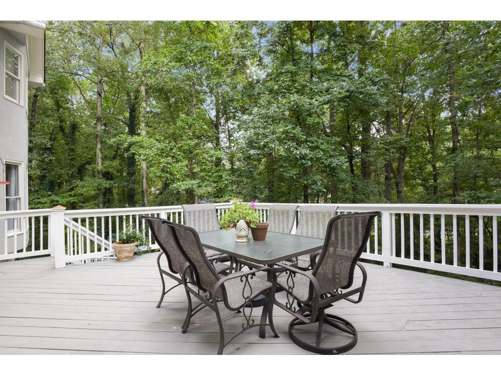 Morning Bird Court Roswell GA Harry Norman REALTORS - Patio furniture roswell ga