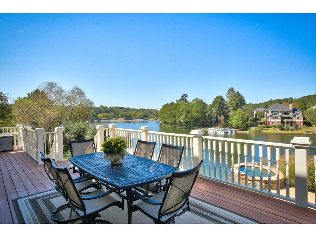 Additional photo for property listing at 2260 Lake Shore Landing 2260 Lake Shore Landing Alpharetta, Georgië,30005 Verenigde Staten