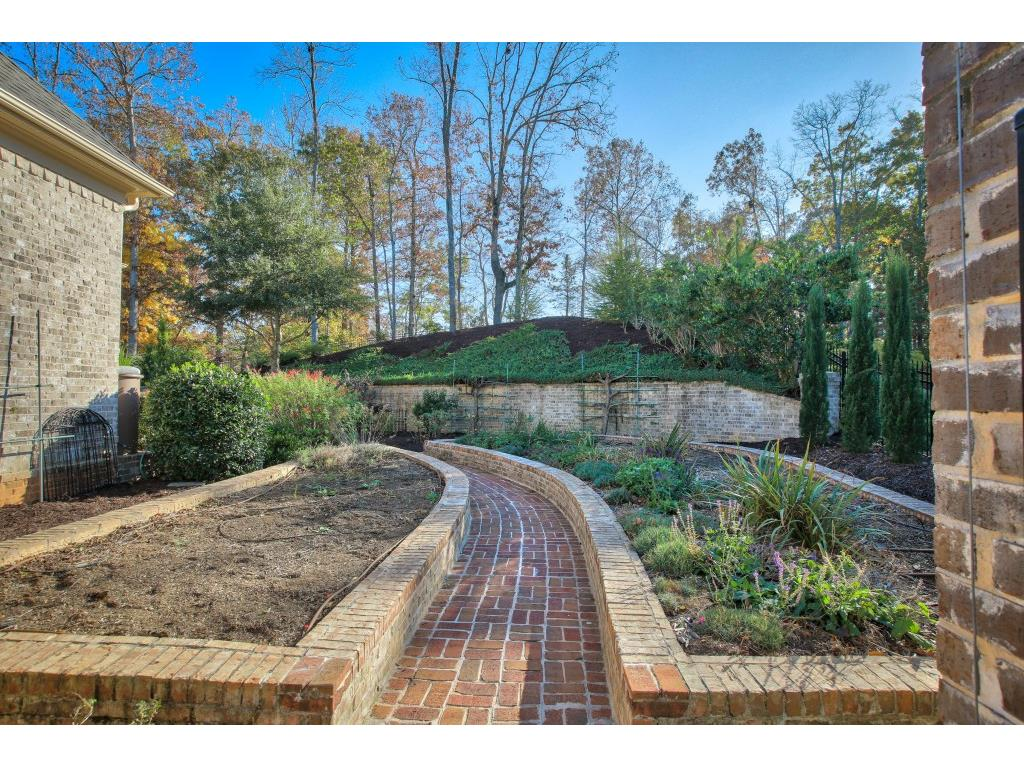 Additional photo for property listing at 1045 Balmoral Lane 1045 Balmoral Lane Roswell, Geórgia,30075 Estados Unidos